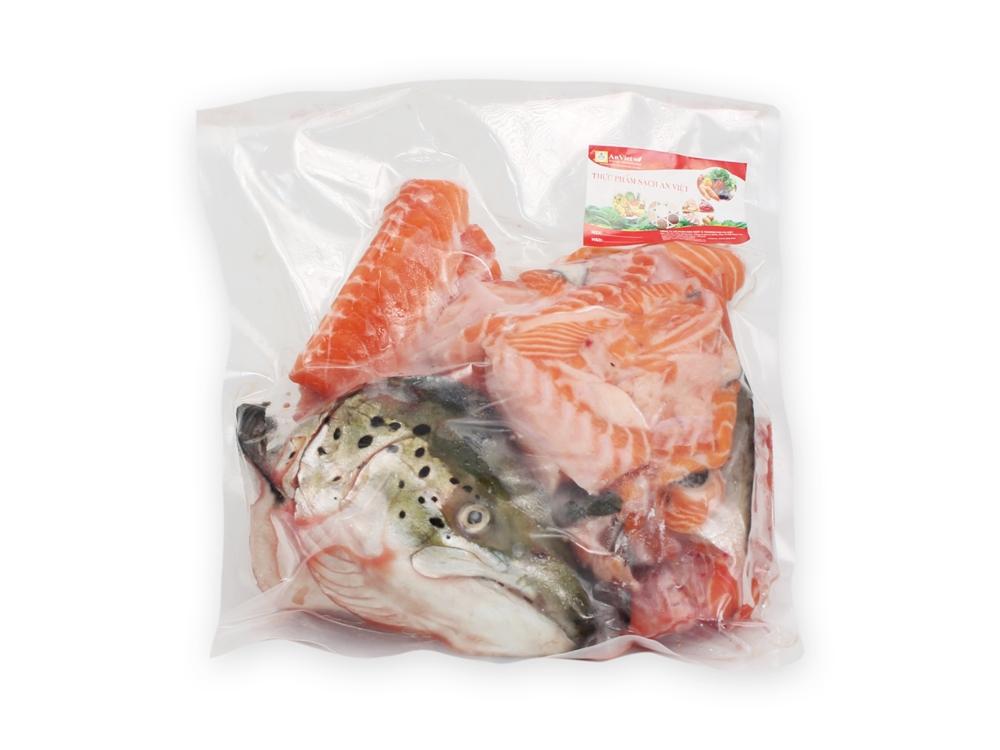 Bộ Đầu Và Xương Cá Hồi Na Uy ĐL từ 1.8kg - 2.2kg