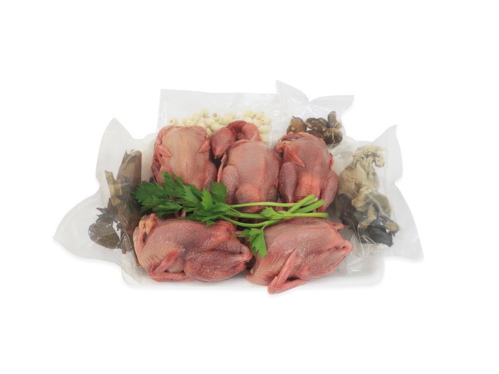 Set Chim Cút Hầm 5 con (Chim cút, hạt sen, nấm hương, mộc nhĩ, Quế, Hồi, T.Quả)